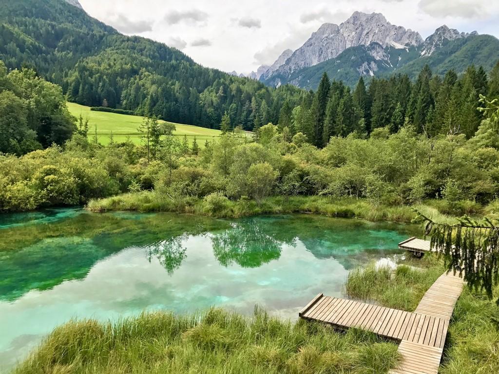 ... je vlastně travertinové jezero.